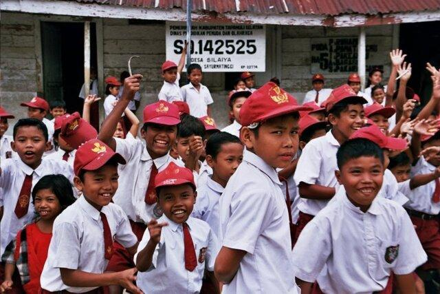 روز اول مدرسه در بعضی کشورها