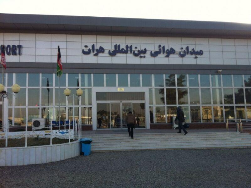 خبرنگاران کرونا، فرودگاه هرات افغانستان را بست