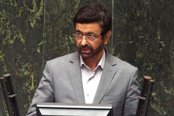 واکنش تند نماینده مجلس به توهین وزیر بهداشت